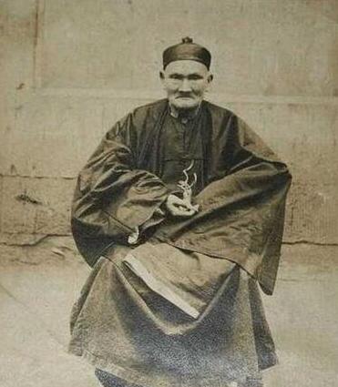 世界上最長壽的人,活了256歲的李清云(180個子孫)